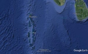 Google Earth image showing the position of Neykurendhoo in relation to Malé, the capital of the Maldives, and Colombo, the capital of Sri Lanka.