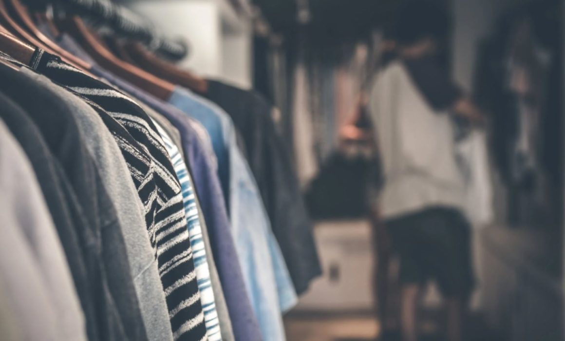 Image of a clothing wrack to show What's Wrong with fast fashion